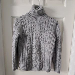 GAP turtleneck sweater
